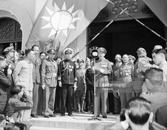 Nationalist leader Chiang Kai-shek delivers speech from the steps of Sun Yat Sen's tomb. LICENSE
