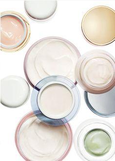 Lorsqu'on fait le choix d'une crème hydratante ou anti-âge il est important de la tester avant de l'acheter afin de voir si sa texture et son odeur vous convient