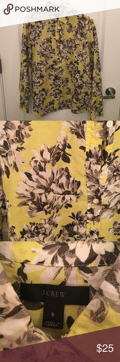 J Crew Photo Floral Pop-over shirt EUC. Fun floral print. Machine washable J. Crew Tops Button Down Shirts