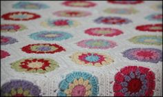 Hexagon blanket based on Hexagon How-To by Lucy of Attic24