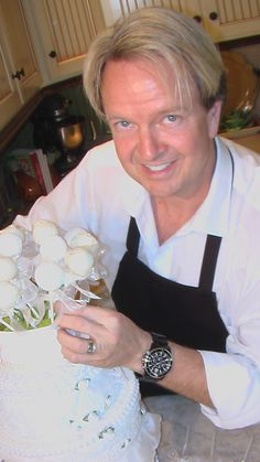 Check out my latest video on macon.com to see how to create these unique and delicious cake pops. videos.macon.com/...