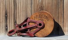 Hudson Mall Cast Iron & Wood Wheel Barn Pulley Pully Farm Hay Tool Red Paint