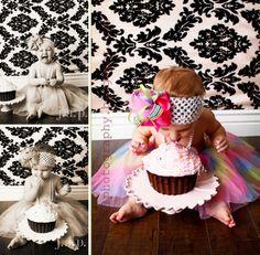 Jill Aponte Photography: Smash My Cake Like the cake stand idea