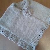 Kaya's Poncho | free knitting pattern via @Craftsy