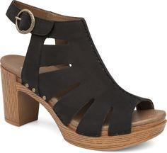 58525f3ff3 Demetra heeled sandal in Black! Head To Toe, Chunky Heels, Leather Sandals,