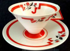 A very rare Shelley duo in Red J pattern.