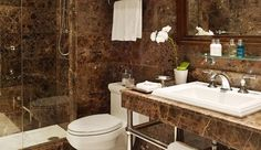 Garden Court Hotel: Bathrooms in all room types get high marks for the floor-to-ceiling marble and modern fixtures.