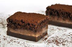 4 Συνταγές για ευκολα γλυκακια με καρυδα Cookbook Recipes, Cookie Recipes, Biscuits, Pudding Cake, Greek Recipes, Gluten Free Recipes, Sweet Tooth, Sweets, Homemade