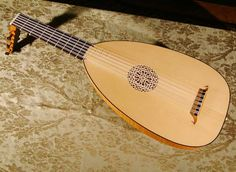 Lute: instrument of Cypriot traditional music