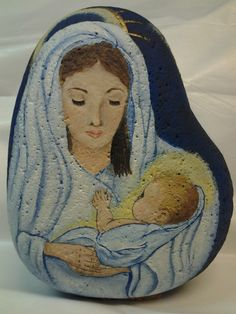 Mother and Child for Christmas, painted on a stone. Pebble Painting, Pebble Art, Stone Painting, Rock Painting, Stone Crafts, Rock Crafts, Hand Painted Rocks, Painted Stones, Christmas Rock