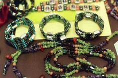 How to Make a Three-Strand Stretch Bracelet thumbnail
