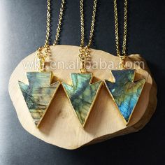 WT-N578 Wholesale Natural labradorite arrowhead necklace, 24k gold plated arrowhead stone necklace by WKTjewelry on Etsy