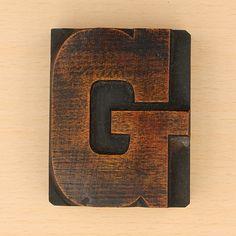 wood type letter G