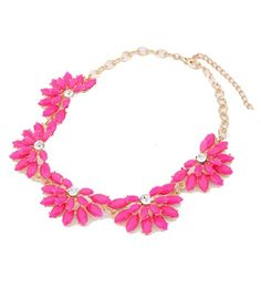 Vintage Resin Flower Bubble Bib Statement Pendant Necklace Choker Collar Jewellery (Rose red)