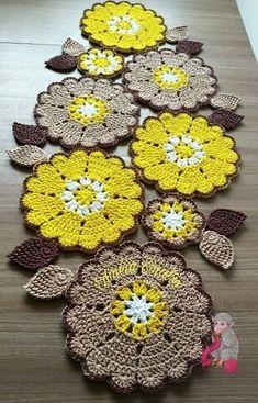How to make a macramé flower 🌺 - Ελένη Κουντουρη Crochet Dollies, Crochet Potholders, Crochet Motifs, Crochet Flowers, Crochet Stitches, Crochet Home Decor, Crochet Crafts, Crochet Projects, Crochet Table Runner
