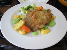 Milanesi    di     suino    e  verdure   salse  di piselli e  tartara Gino D'Aquino