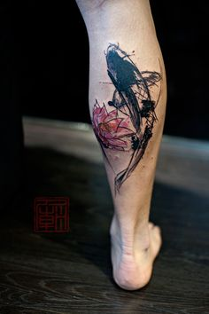Lotus-Koi-Splattered-Wang-Tattoo-Temple-Hong-Kong_websm