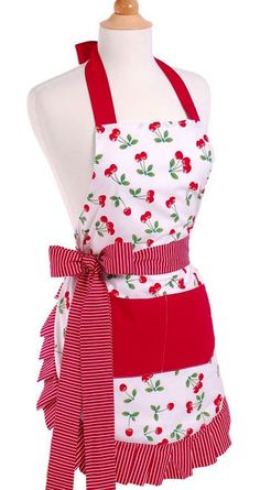 Old Fashioned Aprons, Oven Mitts and Gloves for Sale photo @VintageDancer.com