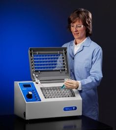 Using dry heat and nitrogen blow down, the RapidVap Vertex Evaporator speeds evaporation of up to 50 samples at the same time. A convenient touchpad allows easy programming of time and temperature.