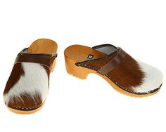 Classic Cowhide Clog ( brown white ) $62.00