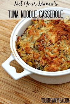 KG This upscale Tuna Noodle Casserole is a great addition to your weeknight menu plan with it's addition of zucchini, mushrooms and blue cheese! Needs more sauce. I used feta Tuna Casserole, Noodle Casserole, Casserole Ideas, Casserole Dishes, Casserole Recipes, Lunch Recipes, Easy Dinner Recipes, Easy Meals, Yummy Recipes