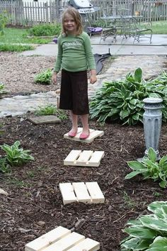 "A friend's great idea for ""stepping stones"" from scrap wood. Love it!"