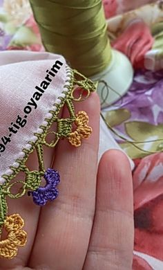 Needle Lace, Elsa, Crochet Necklace, Jewelry, Check, Handmade Crafts, Crochet Stitches, Tejidos, Crochet Collar