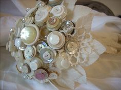A How-To-Guide to making Button Bouquets. - wedding planning discussion forums