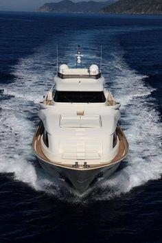 Ferretti Yachts Custom Line - Navetta 26 Crescendo.
