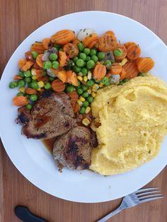 Polenta, Pot Roast, Ethnic Recipes, Food, Carne Asada, Roast Beef, Essen, Meals, Yemek