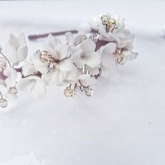 """""""Vintage inspired headband exclusively designed and handmade by BoutiquebyBrendaLee"""" Tarnished Jewelry, Wire Jewelry, Wedding Hair Pieces, Headband Hairstyles, Big Flowers, White Flowers, Brenda Lee, How To Make Headbands, Metal Headbands"""