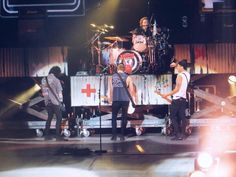 5 seconds of summer:) on stage // Dublin, Ireland (5.29.15)