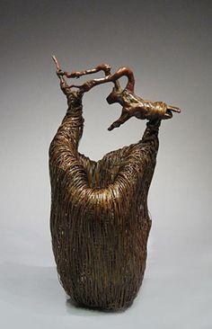 Bamboo art by Kenichi Nagakura, Japan Japanese Bamboo, Japanese Art, Ikebana, Weaving Art, Bamboo Weaving, Bamboo Art, Basket Crafts, Bamboo Basket, Virtual Museum