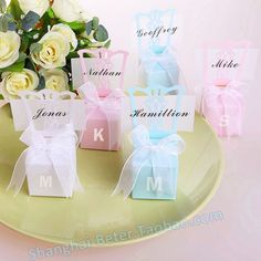 Miniature Chair Place Card Holder and Favor Box /w Ribbon  http://shop140810574.taobao.com