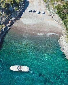 Secret Beach, Positano www.exquisitecoas… Secret Beach, Positano www. Italy Vacation, Italy Travel, Vacation Spots, Italy Trip, Beto Carrero World, Places To Travel, Places To Visit, Travel Destinations, Photos Voyages