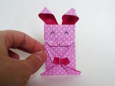 8 cute and quite easy origami rabbits tutorials for easter - 8 tutoriels de lapins en origami mignons et assez facile pour pâques.