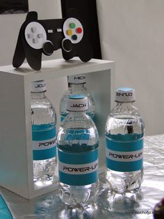 Touch of Ju: Video game party - Festa video game #videogame  Water bottle