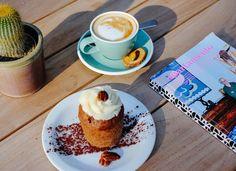"""120 Me gusta, 7 comentarios - DomesticoFoodandCoffee (@domesticofoodandcoffee) en Instagram: """"Los viernes toca practicar el arte de la merienda. Tenemos para ti una decoración exquisita, una…"""""""