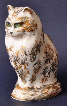 Royal Crown Fifi Cat http://www.bwthornton.co.uk/royal-crown-derby.php
