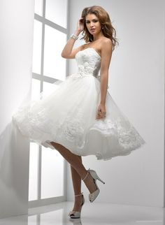 Short Petite Women | you can also find brides choose to wear short sleeved wedding dress ...