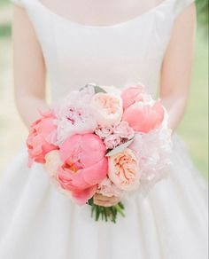 Blush Peonies, Peonies Bouquet, Juliet Garden Rose, Garden Roses, Where To Buy Peonies, Peonies Delivery, Coral Charm Peony, Groom Boutonniere, White Wedding Flowers