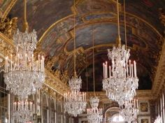 Chateau hall of mirrors2