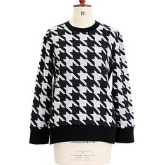 Houndstooth Sweater @ jaggynettle.com