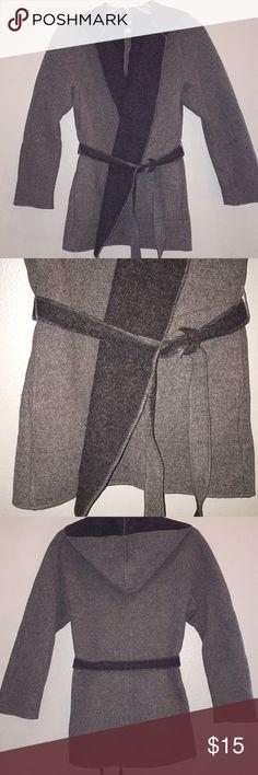 Gap Women's Jacket Gaps Women's Hooded Jacket Pockets and tie around the waist GAP Jackets & Coats Utility Jackets