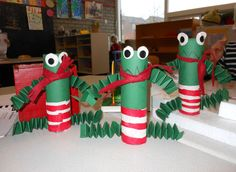 toilet paper tube frogs