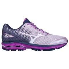 Catch a ride that offers miles of soft, smooth landings and responsive takeoffs with the newly updated Womens Mizuno Wave Rider 19