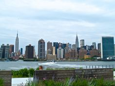 The East River and manhattan from the East June 2014