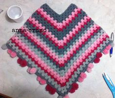 poncho crochet  https://www.facebook.com/pages/Con-le-mie-mani/549162771820752?ref=stream&hc_location=timeline