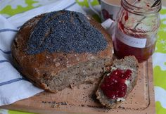 žitný kváskový chléb s mákem