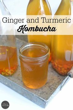 Ginger and Turmeric Kombucha I've been sneaking in turmeric in all kinds of ways for the last year, and I don't see myself stopping any time soon. I love turmeric most of all for it's anti-inflammatory properties. In my mind, it's Nature's Tylenol. Kombucha Flavors, Probiotic Drinks, Kombucha Tea, Ginger Kombucha Recipe, Detox Drinks, Healthy Drinks, Healthy Recipes, Drink Recipes, Healthy Food